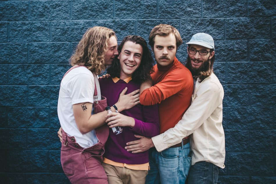 Song of the Week | Peach Pit – Drop The Guillotine